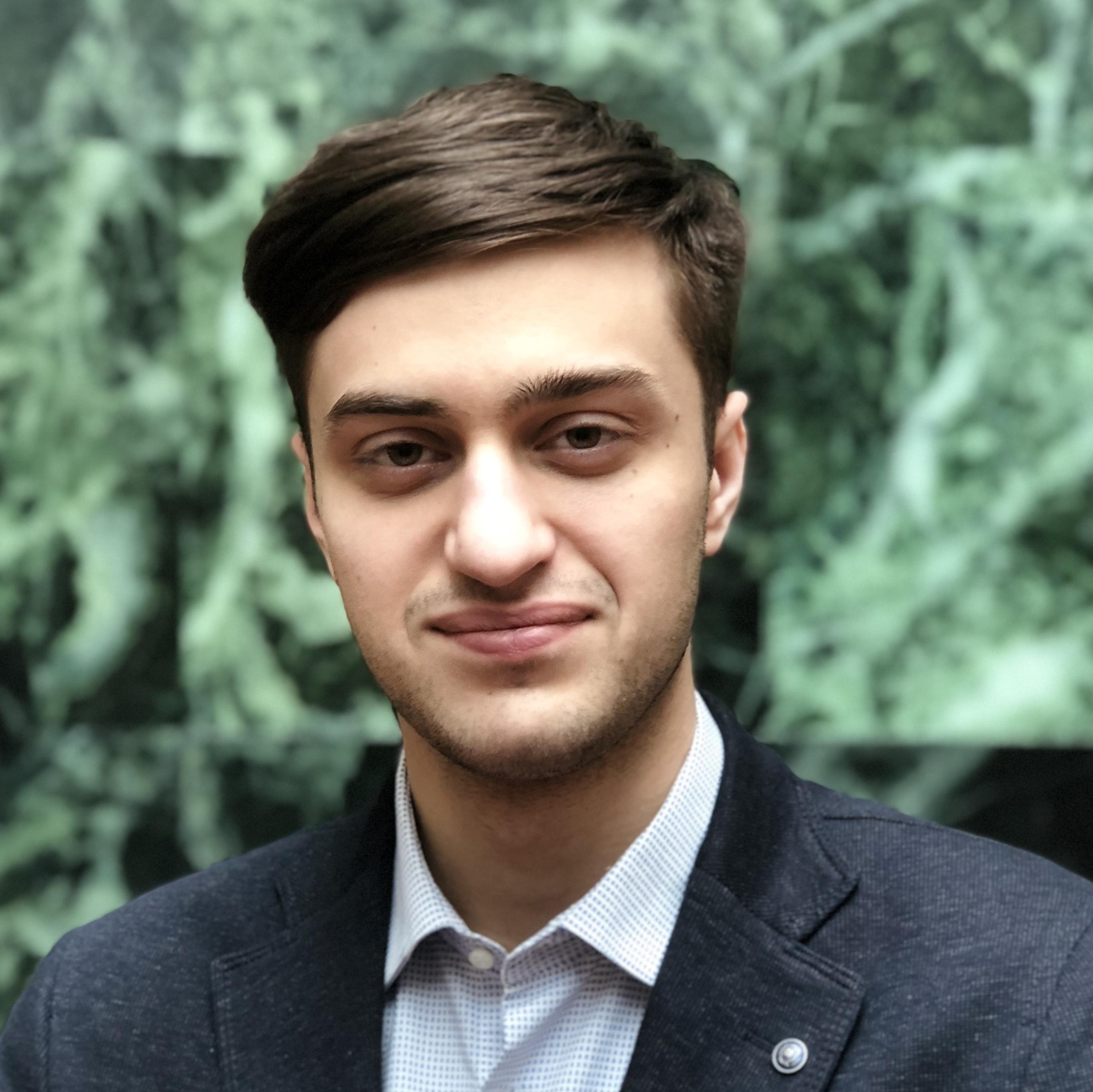Дмитрий Груднев